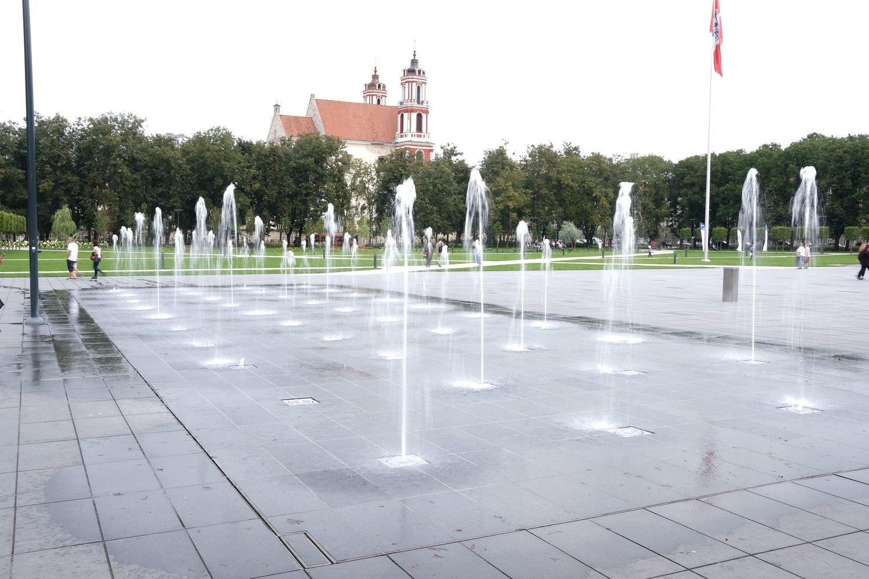 Vilniuje pradeda veikti fontanai