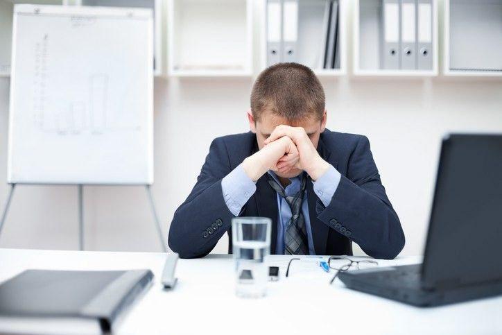 Stresas darbe ir prastas miegas – mirtingumą didinantis mišinys