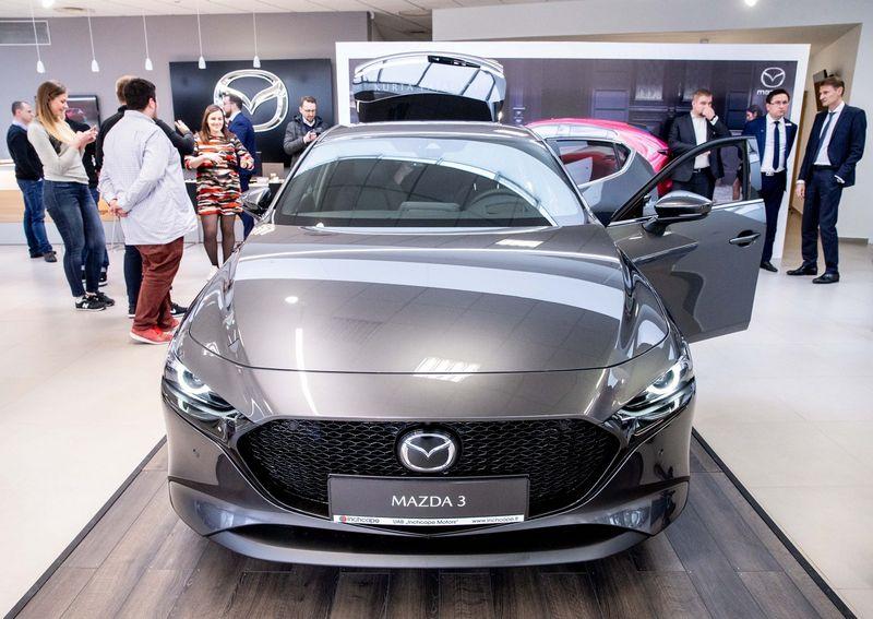 Lietuvoje prekyba naujais automobiliais vėl pasiekė naujas aukštumas. Juditos Grigelytės (VŽ) nuotr.