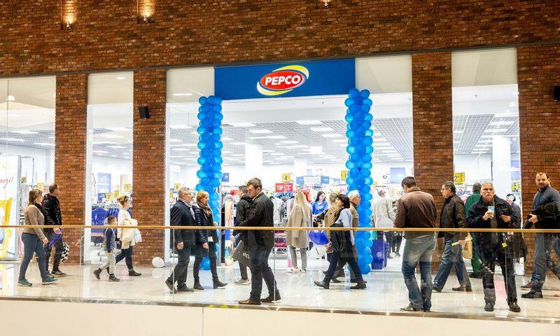 """""""Pepco"""" parduotuvė Rygoje, prekybos ir pramogų centre """"Akropole"""". Juditos Grigelytės (VŽ) nuotr."""