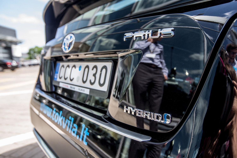 Bankai vilioja ekologiškų automobilių pirkėjus