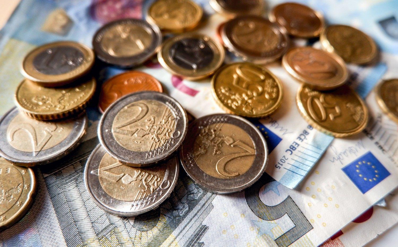 Darbuotojų apklausa: geriau didesnė suma į pensijų fondą, o ne mažesnė – į sąskaitą