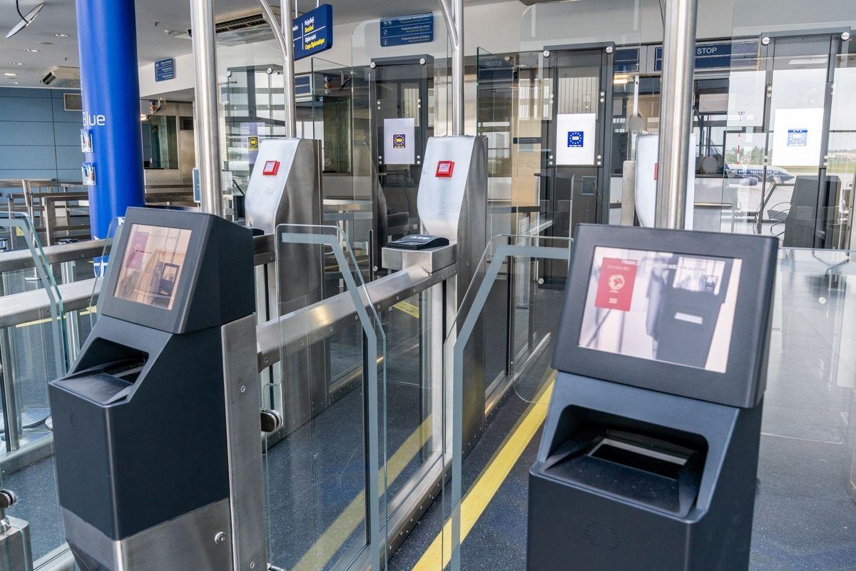 Vilniaus oro uoste pradėjo veikti išmani pasienio patikros sistema