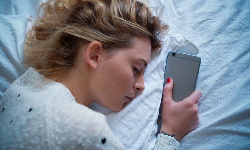 """Miegodami ilgiau arba trumpiau negu 7-10 val. per parą, kenkiame sveikatai. """"Matton"""" nuotr."""