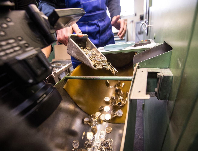 Patyrusi nuostolių Lietuvos monetų kalykla diversifikuoja veiklą