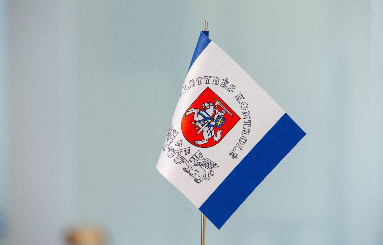 Valstybės kontrolė teigia, kad mokesčių surinkta per mažai – FM nesutinka