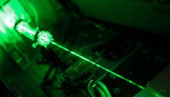 Lietuvių sukurtas galingiausias pasaulyje lazeris jau veikia