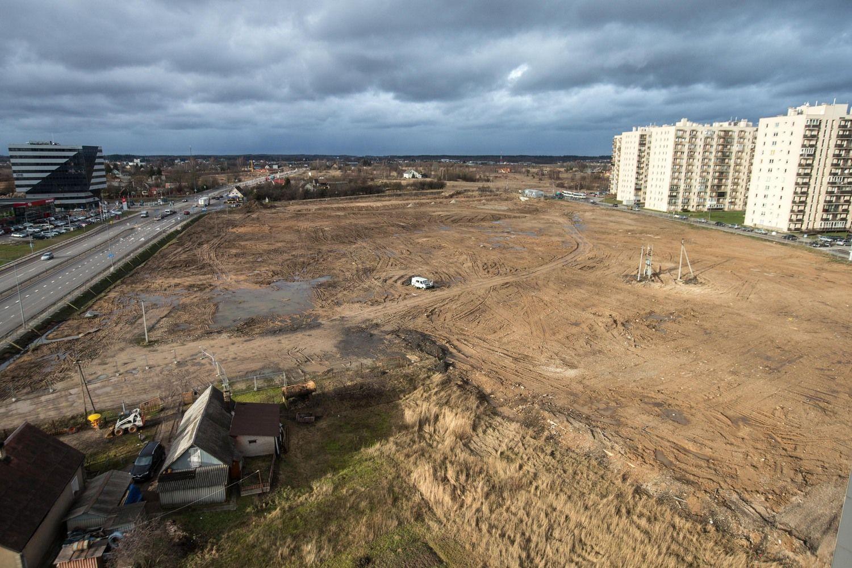 Vilniuje didinami NT mokesčiai sklypams su savavališka statyba