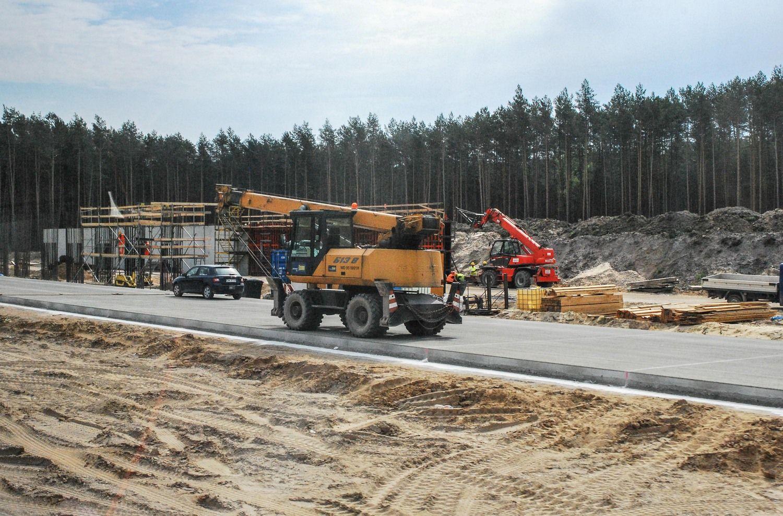 """Papildomi 20 mln. Eur – keliams aplink """"Via Baltica"""" ir """"Rail Baltica"""" bei sodų keliams"""