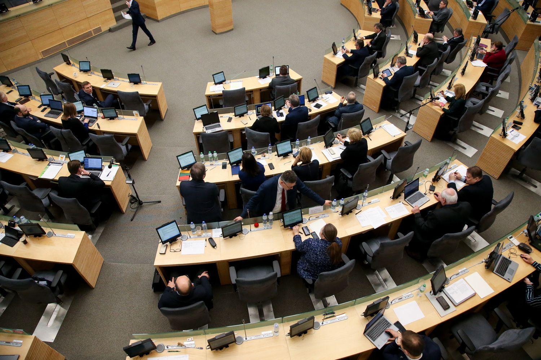 Seimas įvedė naujų ribojimų penkiems didžiausiems prekybininkams