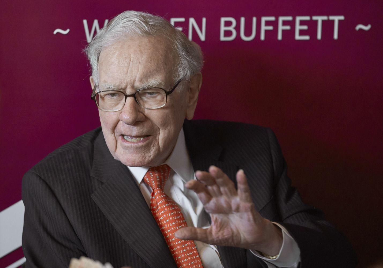"W. Buffetto ""Berkshire Hathaway"" turi ""Amazon"" akcijų už 900 mln. USD"