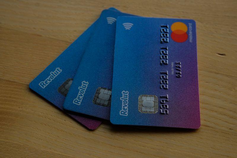 """Revolut"" banko mokėjimo kortelė. Vladimiro Ivanovo (VŽ) nuotr."