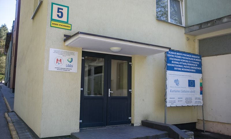"""Vilniaus miesto psichikos sveikatos centro teritorija. Žygimanto Gedvilos/(""""15min""""/Scanpix"""") nuotr."""