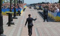 """Politologai apie Ukrainos prezidento sprendimą: siekia išvengti """"pagalių kaišiojimo"""""""