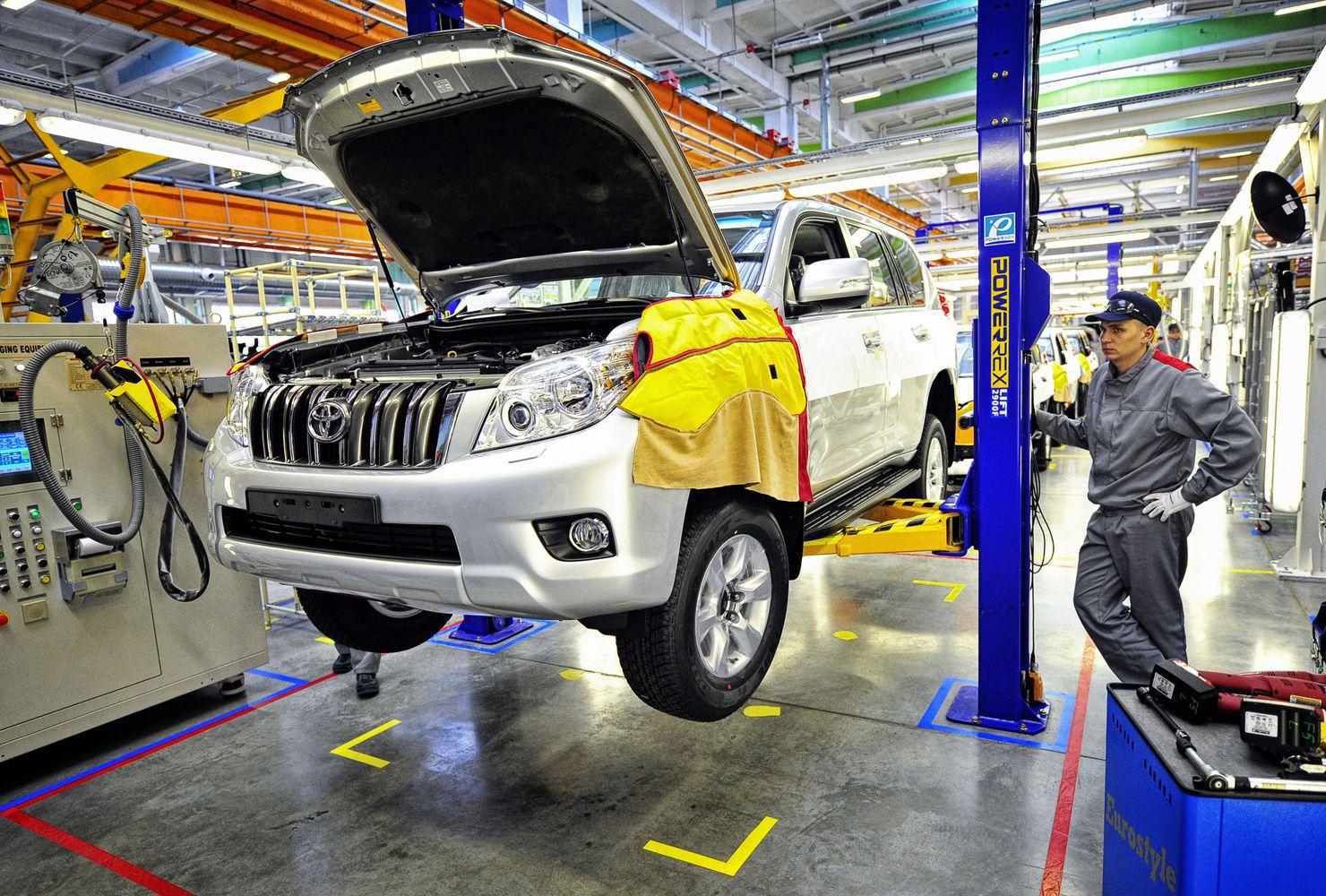 JAV tikisi, kad mašinų importuotai imsis savanoriško eksporto ribojimo