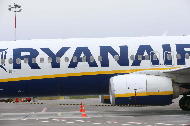 """""""Ryanair"""" pelnas – mažiausias per 4 metus"""