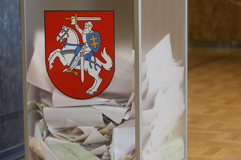 Prasideda išankstinis balsavimas prezidento rinkimų II ture