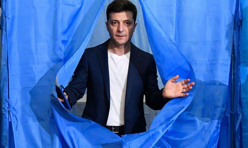 """Išrinktasis Ukrainos prezidentas Volodymyras Zelenskis. Genya Savilovo (""""AFP"""" / """"Scanpix"""") nuotr."""