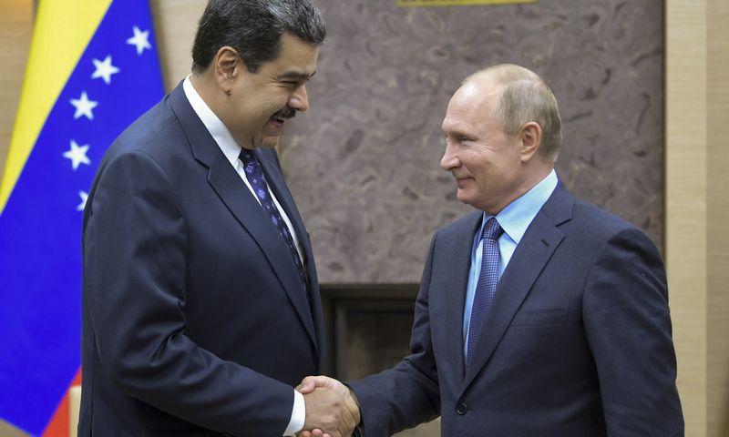 """Nicolo Maduro, dabartinio Venesuelos prezidento, valdžios pasikeitimas Rusijai grėstų dideliais finansiniais praradimais. Sergejaus Gunejevo (""""Sputnik"""" / """"Scanpix"""") nuotr."""