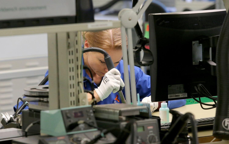 """Kauno """"Kitron"""" pajamos pernai augo 15% iki 100 mln. Eur"""