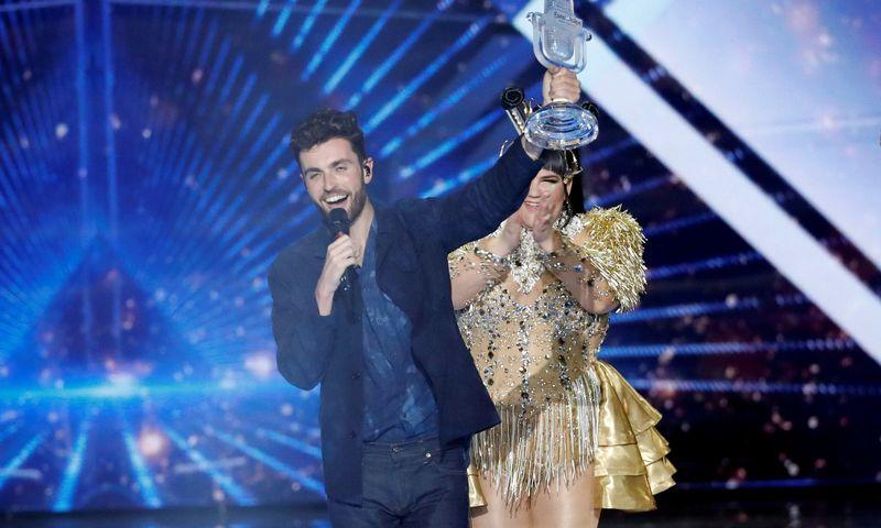 """64-ojo tarptautinio """"Eurovizijos"""" dainų konkurso laurų vainiką užsidėjo Nyderlandų atlikėjas Duncanas Laurence. Roneno Zvulun (""""Reuters""""/Scanpix"""") nuotr."""