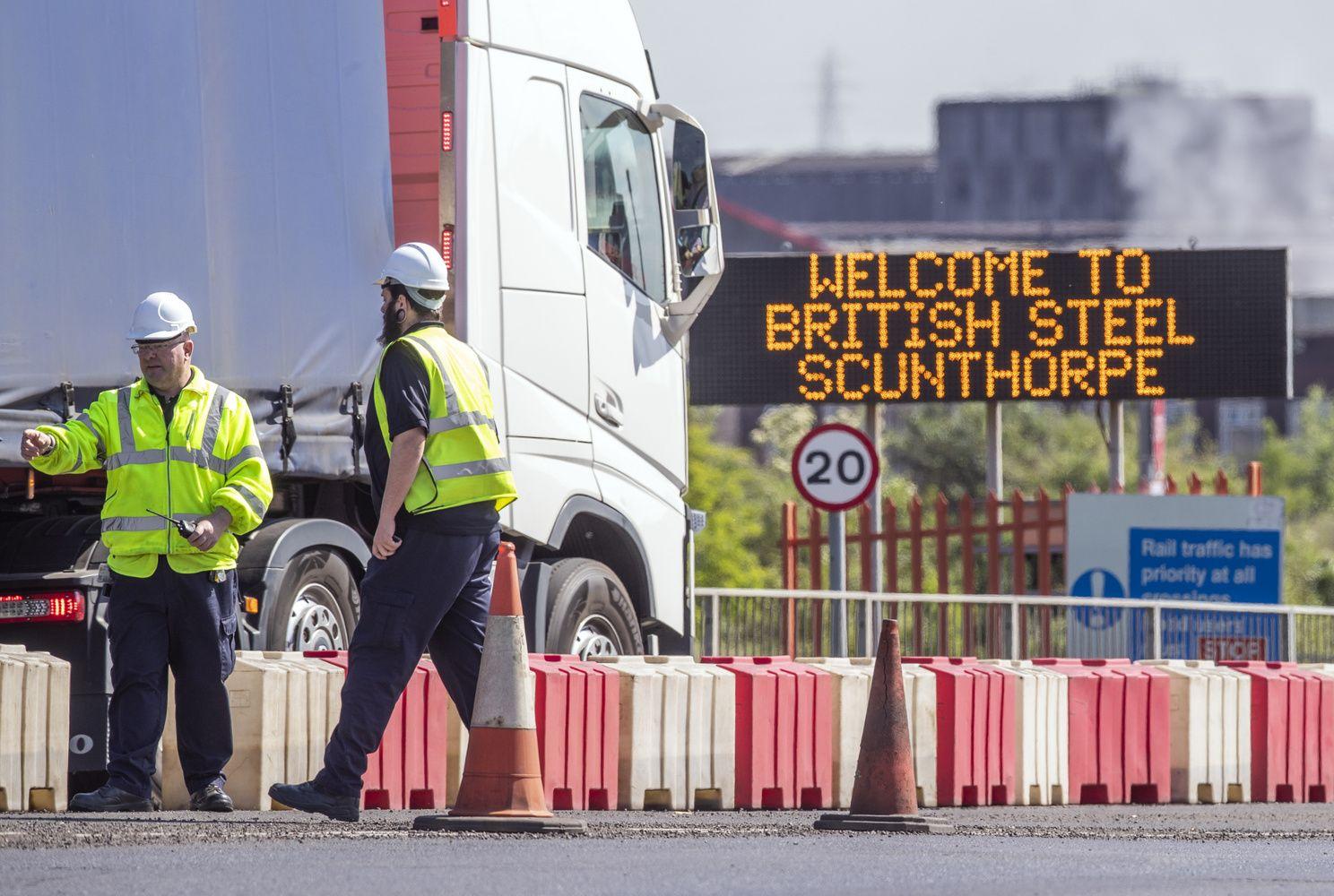 """""""British Steel"""" ir 5.000 bendrovės darbuotojų ateitis pakibo ant plauko"""