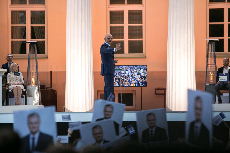 I.Šimonytė ir G.Nausėda paskutinį kartą susiremia debatuose