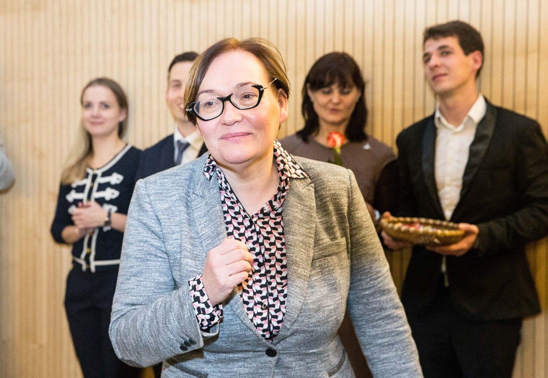 """""""Aušros Maldeikienės traukinys"""" į laisvą vietą Seime kels R. Žemaitės kandidatūrą"""