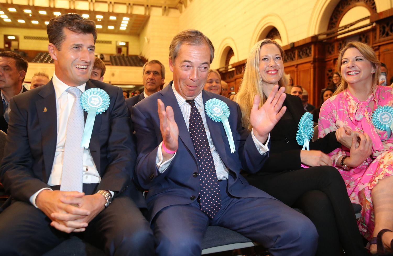 Europos Parlamento rinkimuose britai skaudžiai nubaudė tradicines partijas