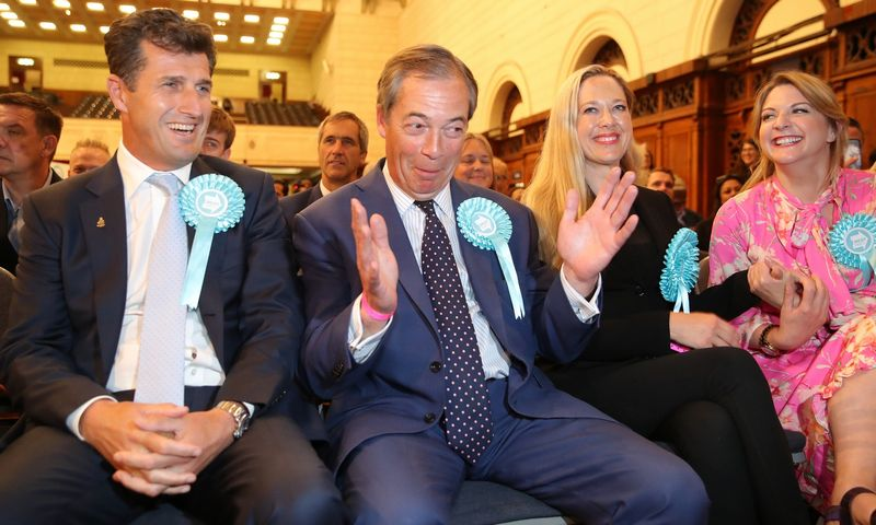 """Brexit"" partijos lyderis Nigel'as Farage'as.  ""Reuters"" / ""Scanpix"" nuotr."