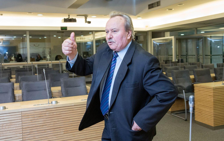 Į Seimą gali grįžti B. Bradauskas, Žirmūnų laukia nauji rinkimai