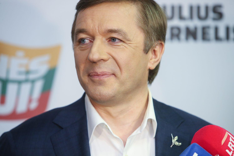 """""""Valstiečių"""" rezultatai EP rinkimuose netenkina R. Karbauskio"""
