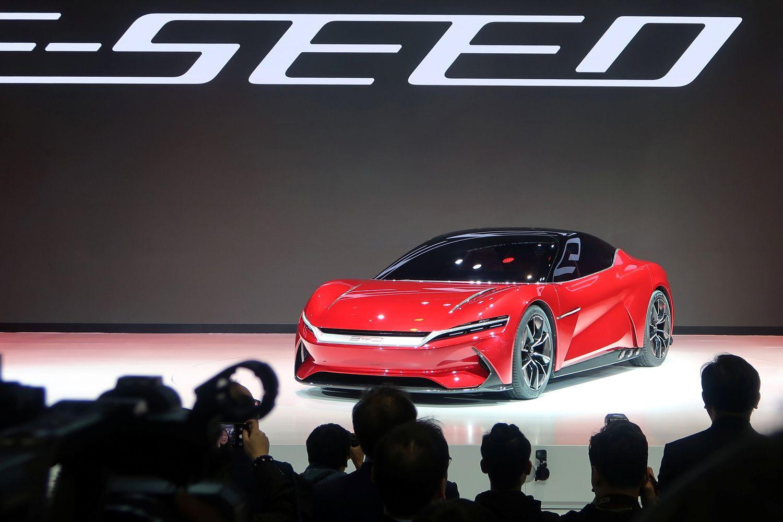 """Elektromobilių revoliucijos priekyje – visai ne """"Tesla"""""""