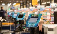 Prekybininkų nedarbą per šventes vertins Konkurencijos taryba
