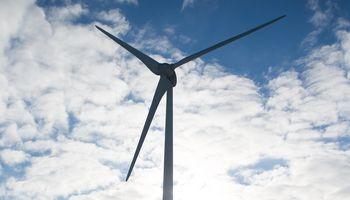 Patvirtintos kainos atsinaujinančios elektros energijos aukcionams