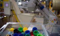 Skaičiai: 1 mln. batų porų iš perdirbto plastiko
