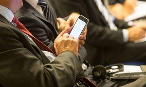 RRT sumažino tarptinklinio ryšio paslaugų priemokas