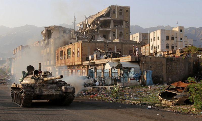 """Jemenas pirmąkart pakliuvo į mažiausiai taikių pasaulio šalių penketuką. Ahmado Al-Bashos (AFP / """"Scanpix"""") nuotr."""