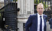 Iš kovos dėl JK premjero posto pasitraukė dar vienas kandidatas