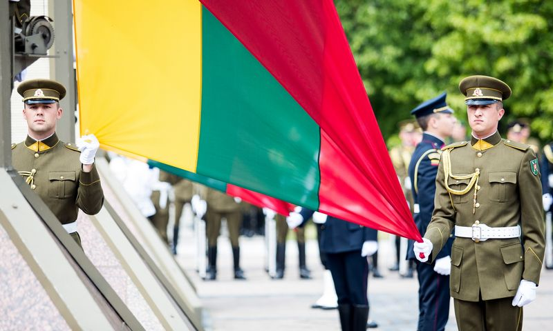 """Penktadienį visoje Lietuvoje minima Gedulo ir vilties diena. """"Scanpix"""" nuotr."""