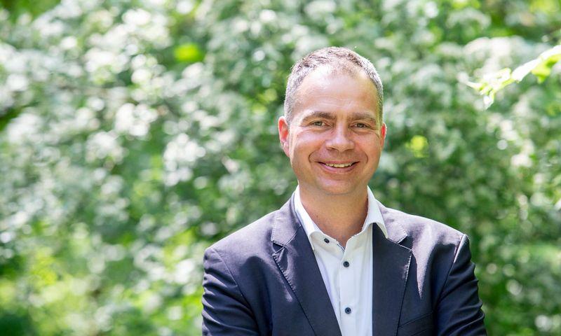 """Man be galo svarbu, kad įmonėje vyrautų geras klimatas. Nuo to didele dalimi priklauso verslo sėkmė"""", – akcentuoja Kazimieras Kaminskas, įmonių grupės """"Klasmann Deilmann Lietuva"""" generalinis direktorius. Juditos Grigelytės (VŽ) nuotr."""