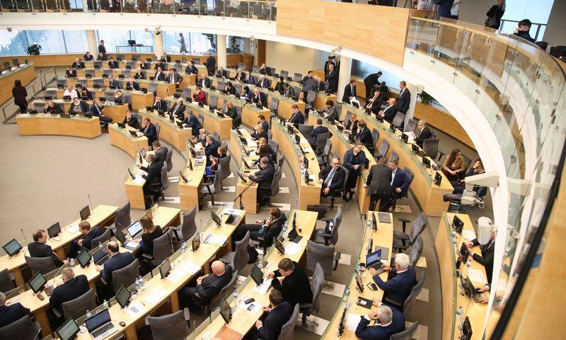 Seimo narių sudėtis atsinaujina - penki politikai išeina į Europos Parlamentą. Vladimiro Ivanovo (VŽ) nuotr.