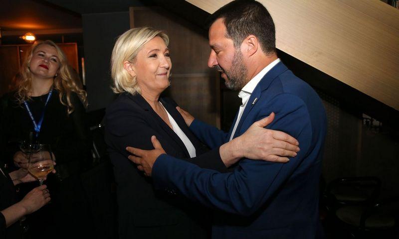 "Marine Le Pen ir Matteo Salvini. Alaino Roberto ""SIPA"" / ""Scanpix"" nuotr."