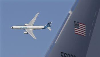 """Paryžiaus aviacijos parodoje – """"Airbus"""" šlovė ir200 """"Boeing 737 MAX"""" lėktuvų užsakymas"""