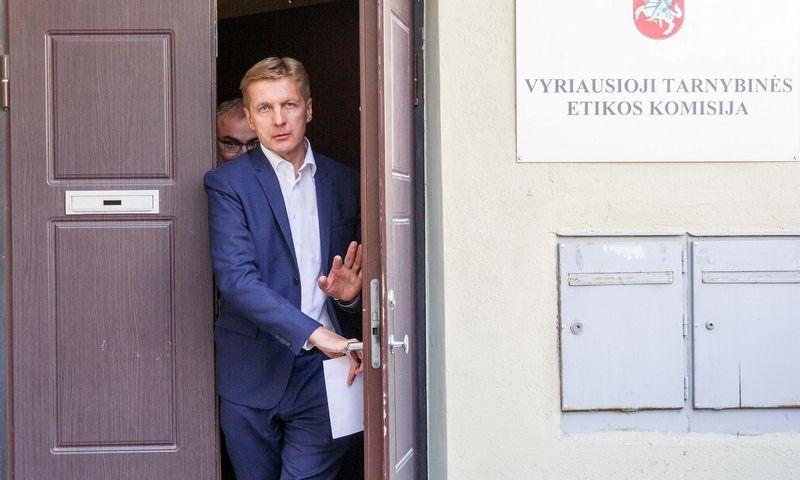 """Vyriausioji tarnybinės etikos komisija svarstė buvusio Klaipėdos uosto vadovo Arvydo Vaitkaus elgesį. Josvydo Elinsko (""""15 min.""""/ """"Scanpix"""") nuotr."""