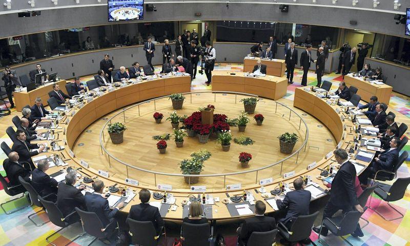Galutiniai taškai dėl 2021–2027 m. ES šimtamilijardinio biudžeto dalybų prie šio Bendrijos valstybių vadovų posėdžių stalo bus sudėlioti ne anksčiau nei šių metų pabaigoje. Piroschka van de Wouw (REUTERS/SCANPIX) nuotr.