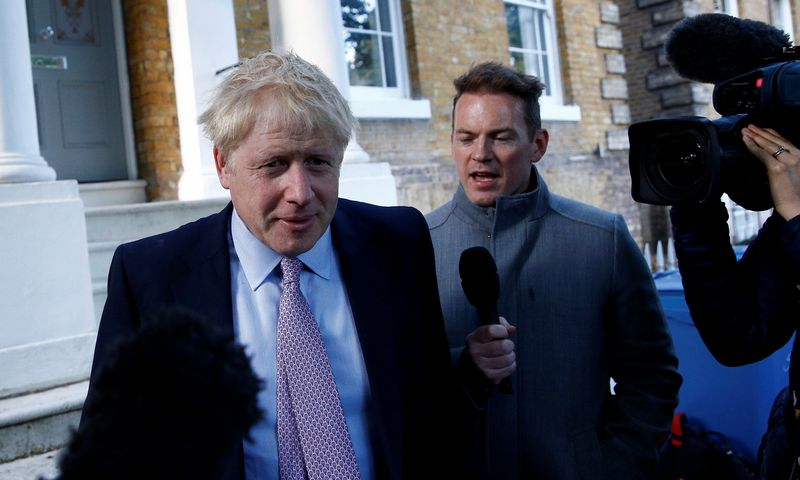 "Borisas Johnsonas. Henry Nichollso (""Reuters"" / ""Scanpix"") nuotr."