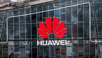 """Lietuvos """"Huawei Technologies"""" apyvarta augo 1,5 karto iki 82 mln. Eur"""