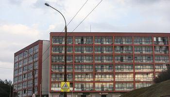 Apsigavę ir apgautieji grįžta reikalaudami butų
