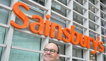 """""""Sainsbury's"""" įrengs daugkartinės taros papildymo vandeniu stovus"""